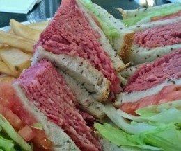 #Lunch: #DintyMoore #CornedBeef #Sandwich @ #WeilersDeli, #WestHills
