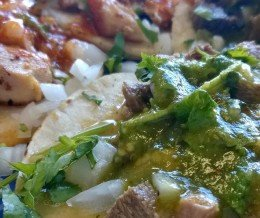 #TacoTuesday + #TacosWay = $1 #tacos! Dos de #pollo y dos de #lengua. Mmmm… que sabor!