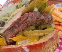 Happy #NationalCheeseburgerDay! This Southwest #Burger from #CornerBurger, #Lawndale, is as good as it looks!