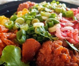 #Lunch: large #poke bowl at @PokeHomeLA, #Northridge. We ❤️ design and marketing for restaurants! info@mediacookery.com