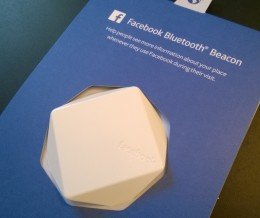 Facebook Bluetooth Beacon Unboxing